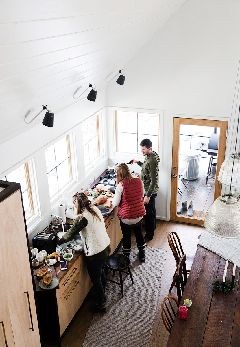 How to throw an Aprés ski brunch and where to stay in Leelanau and Traverse City, Michigan