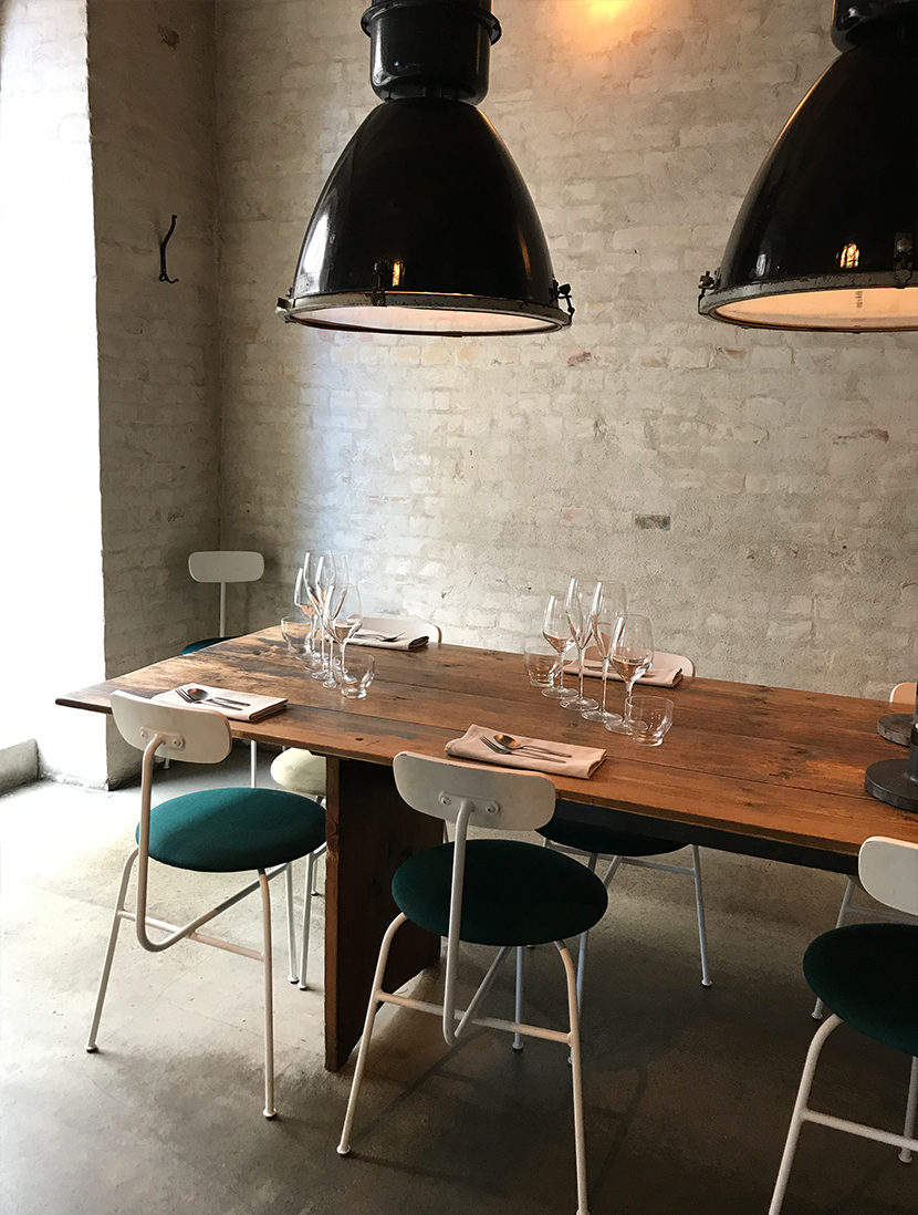An Evening with Höst in Copenhagen, Denmark. A restaurant run by a former chef at Noma. A beautiful danish experience in the heart of the city. Read about out night on The Fresh Exchange.