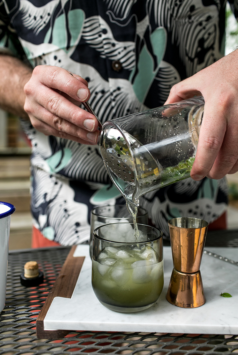 A Great Father's Day Gift Idea  of giving the gift of an afternoon of bbq and cocktails. A post in partnership with Huckberry on The Fresh Exchange