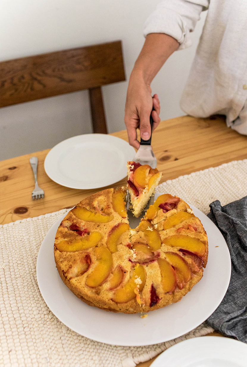 A Simple cake to capture the last flavors of summer. Peach and Plum Ricotta Upside Down Cake. Get the recipe on The Fresh Exchange.