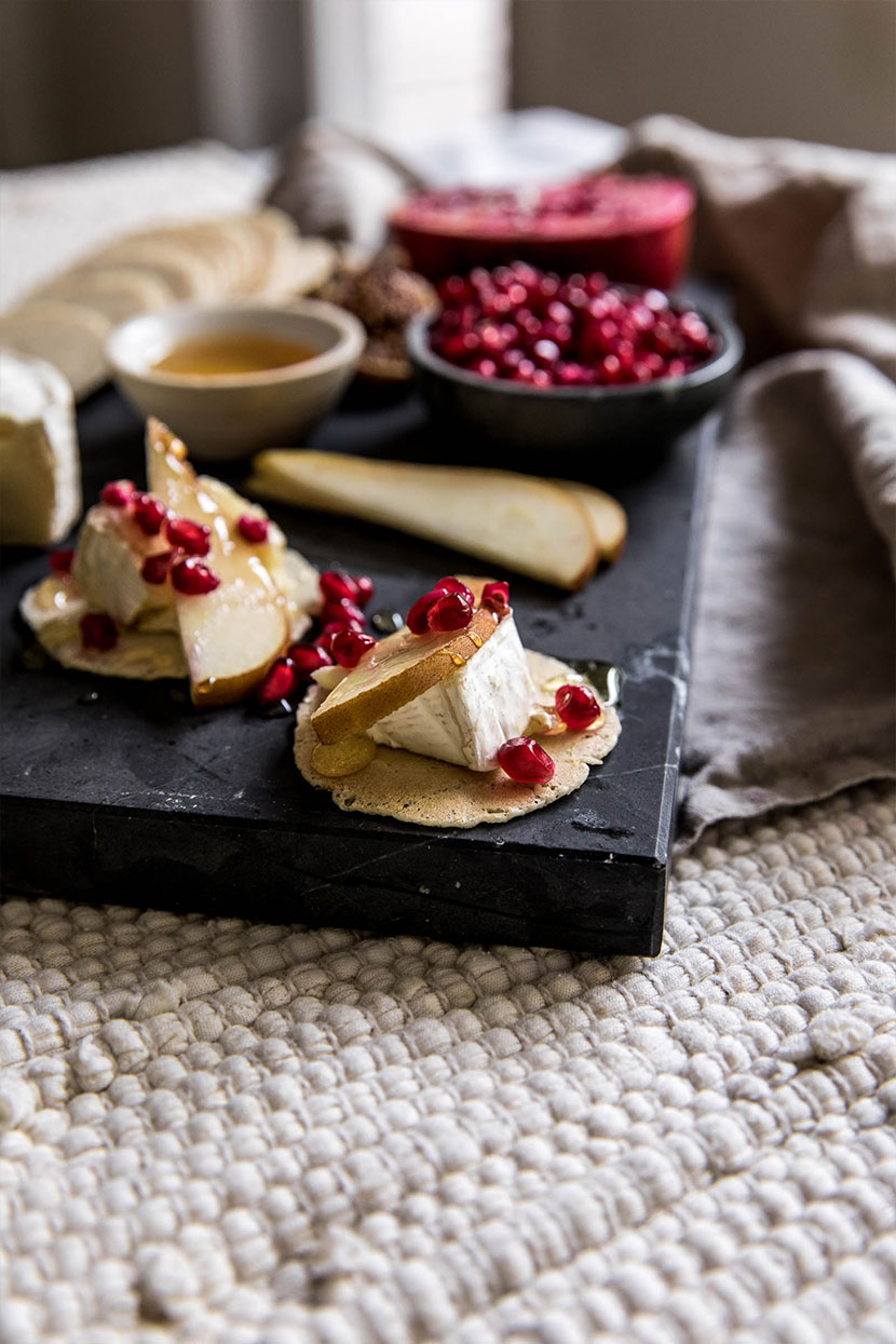 A Combo of Sweet and Savory Holiday Appetizer Recipes with 34 Degrees. Get the recipes on The Fresh Exchange for your next holiday gathering.