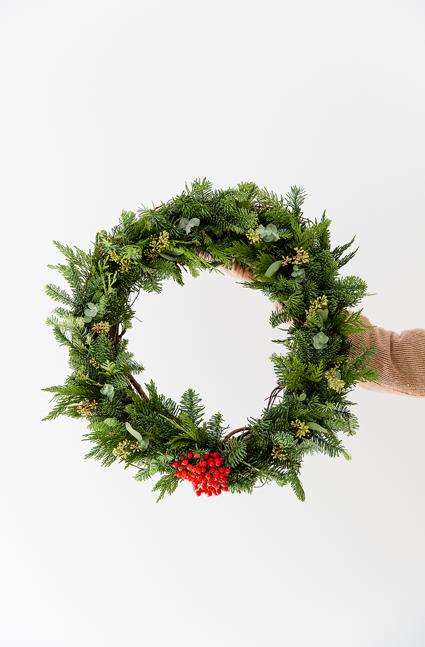 diy simple holiday wreath fresh exchange