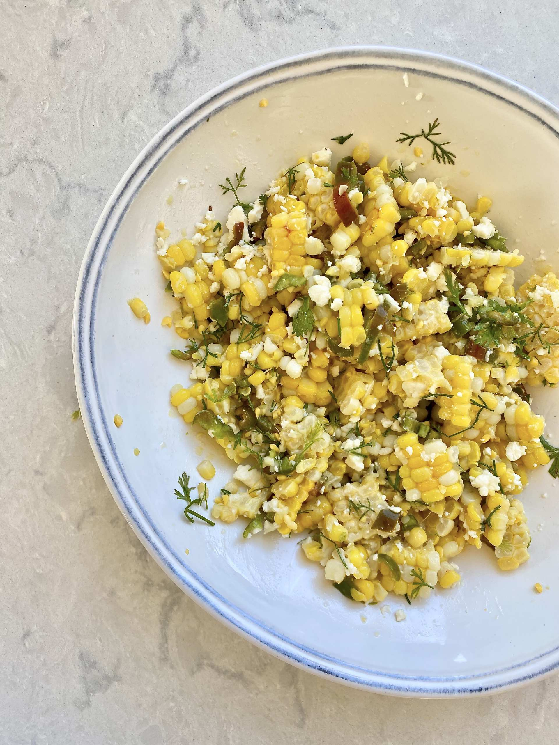 Grilled corn salad - corn salad in a bowl