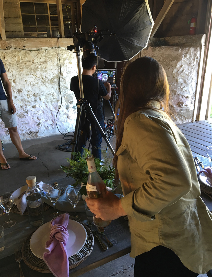 A Behind the Scenes look shooting for a cover story for Midwest Living Magazine. See how our team put together a gorgeous spring gathering for the cover. See the full story and video on The Fresh Exchange.