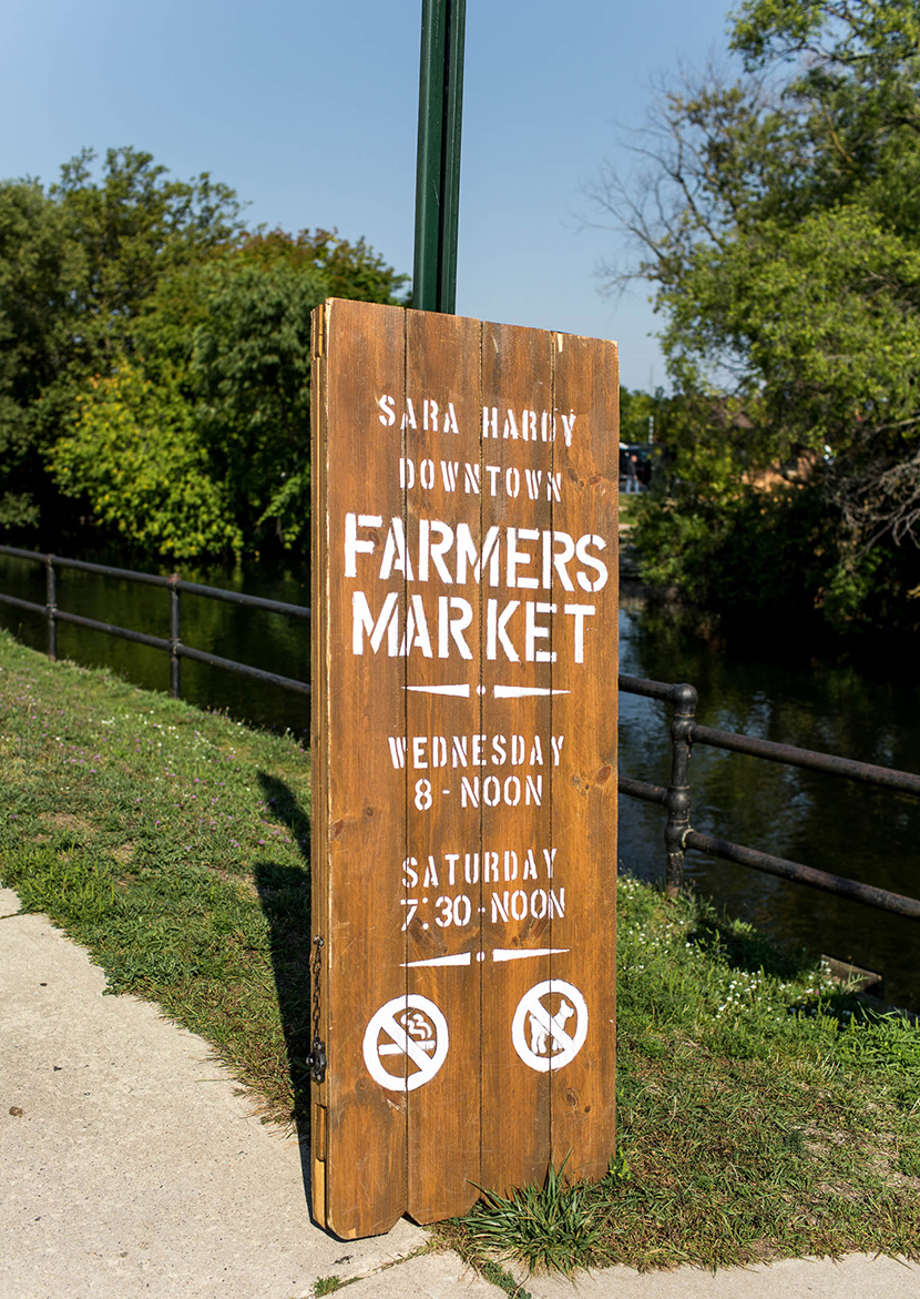 Michigan Farm Markets are at the heart of the food industry. Supporting local farmers is important for our enviroment and the cultiures in our states. Here is where I shop in my town and how I take care of my purchases at home. More on The Fresh Exchange.