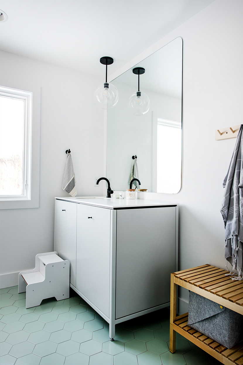 A Minimal and simple Kid Bathroom for a Scandinavian Farmhouse style home. See more on The Fresh Exchange.