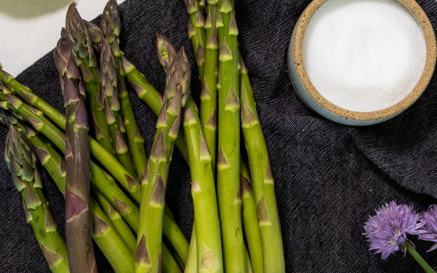 Simple Roasted Asparagus Recipe that is vegan and easy to prepare in under 20 minutes