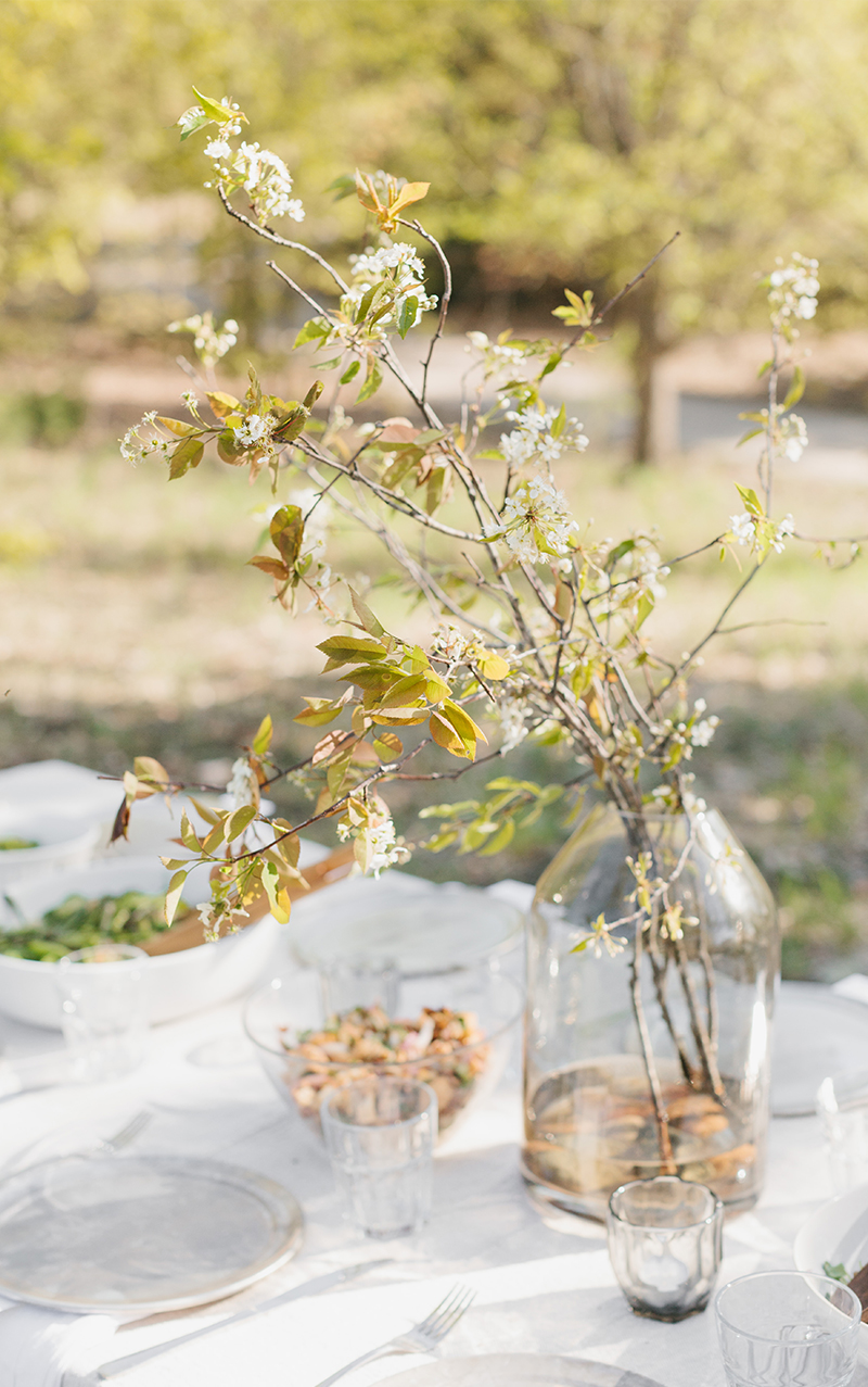 A Simple Evening of gathering Creative Women and celebrating Spring. More on The Fresh Exchange
